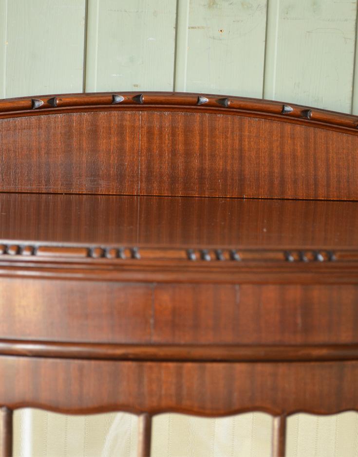 j-1192-f アンティークガラスキャビネットの装飾