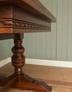 y-129-f アンティーク風ドローリーフテーブルの彫り